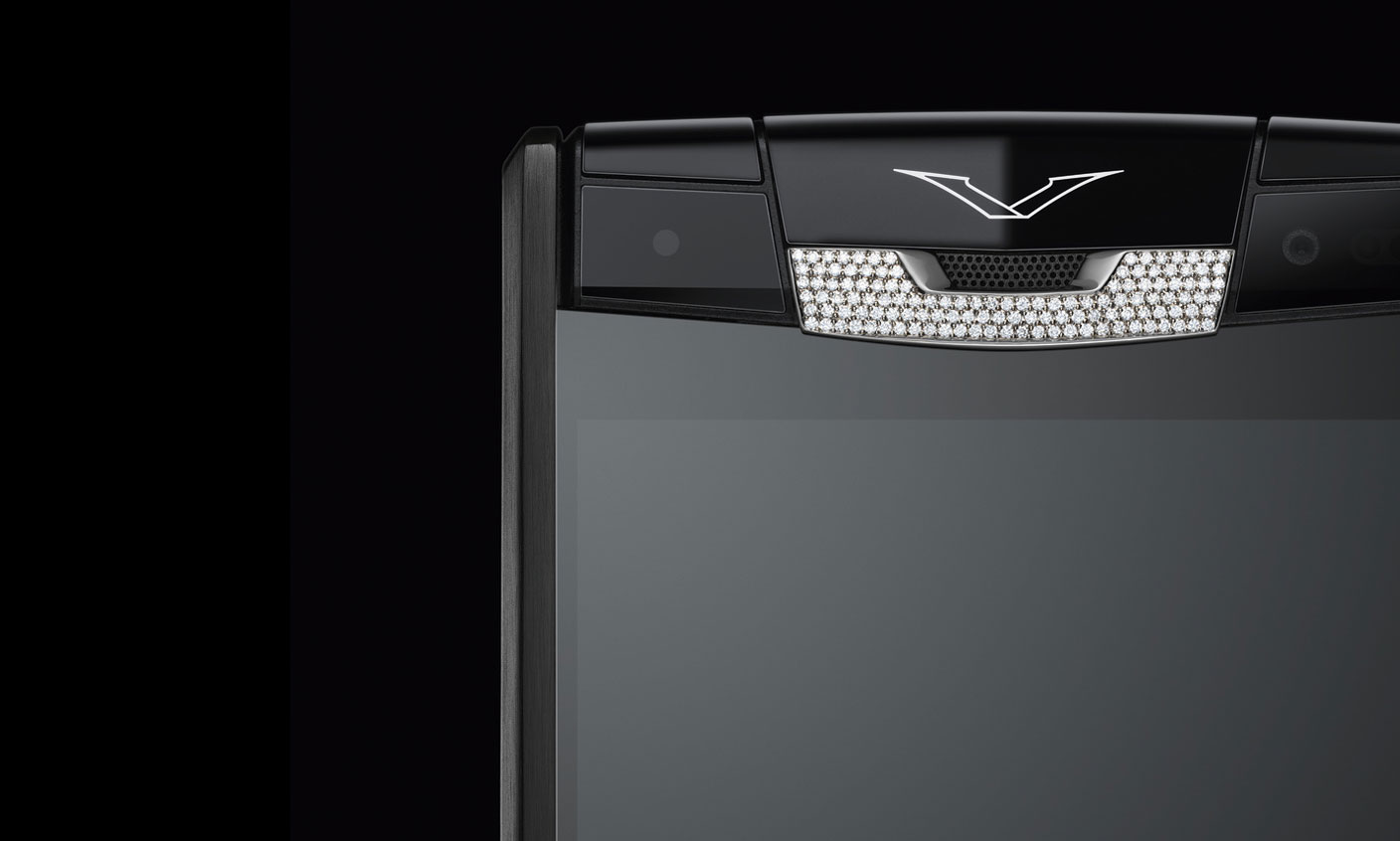 Vertu-Signature-Touch-Pure-Jet-Alligator-Diamonds