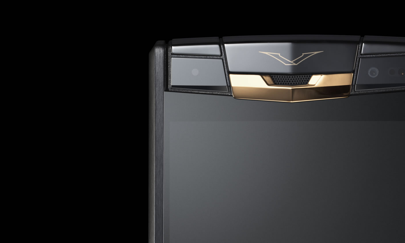 Vertu-Signature-Touch-Pure-Jet-Red-Gold-Chinh-Hang