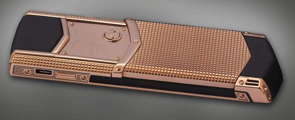 Vertu Signature S Clous de Paris Red Gold 10