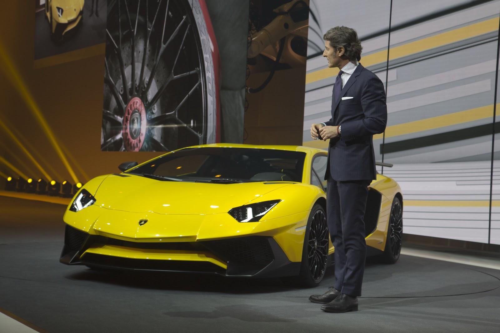 2989802_Lamborghini-Aventador-SV-Carscoops2